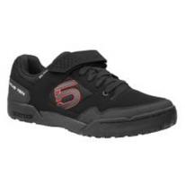 Веловзуття під контакти Fiveten MALTESE FALCON (BLACK/RED) -  UK Size 7.5 - 8.0